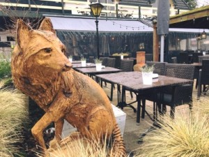 houten-beeld-vossenberg