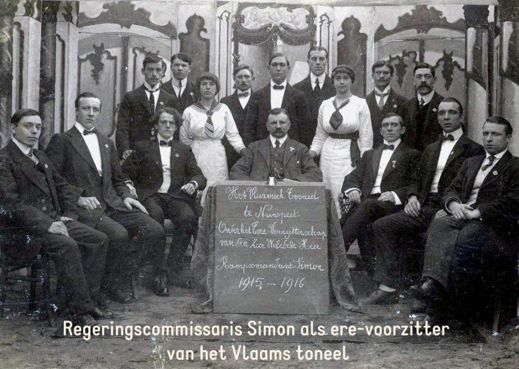 Regeringscommissaris Simon als ere- voorzitter van het Vlaams toneel